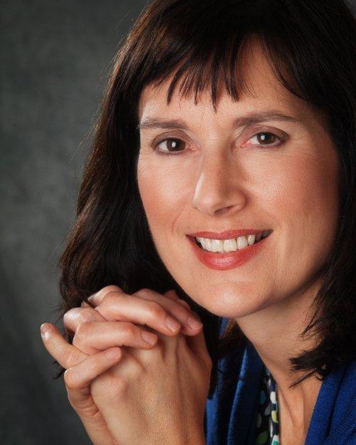Dr. Paula Strauss